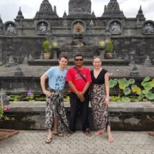 Local guide, chauffeur anglophone, sejour Bali