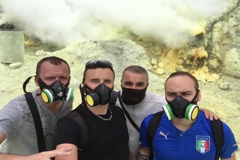 Anthony et ses amis à Bali